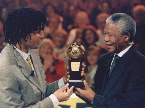 Ruud Gullit y Nelson Mandela