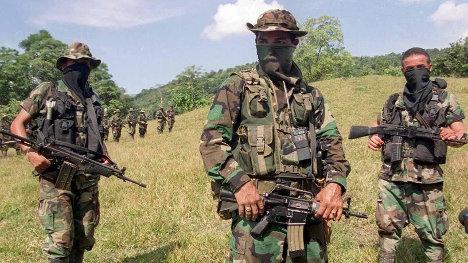 Colombia-paramilitares-111811