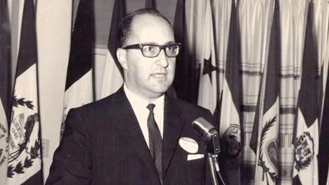 Hector-Abad-Gomez