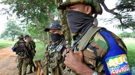 paramilitares-colombia