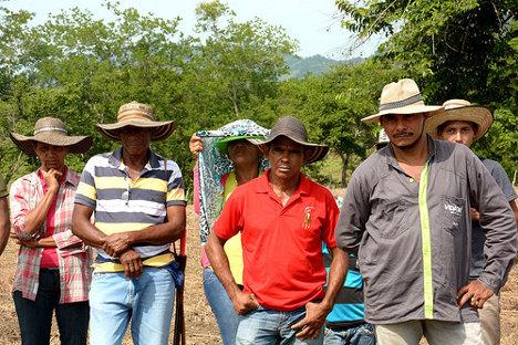 Campesinos de Mahates (Bolívar). Foto: JL Urrea (CCAFS) via photopin (license)